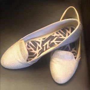Ballet flats with stones